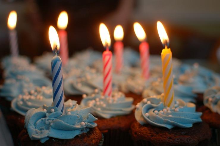 birthday-cake-380178_1920