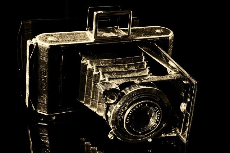 camera-188083_1920.jpg